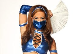 AJ dressed as Kitana from Mortal Kombat