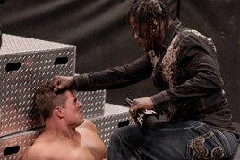 R-Truth attacks The Miz
