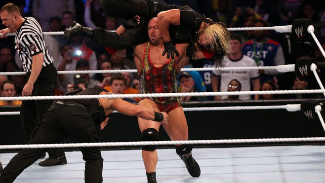 Shield pins Ryback at Elimination Chamber 2013