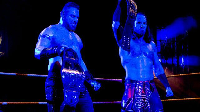Слухи о командном чемпионстве WWE