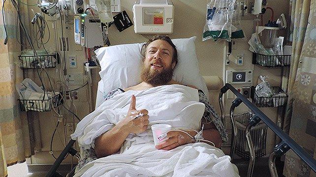 Posibles planes para Daniel Bryan 20140515_DB_Surgery_EP_LIGHT_Homepage2