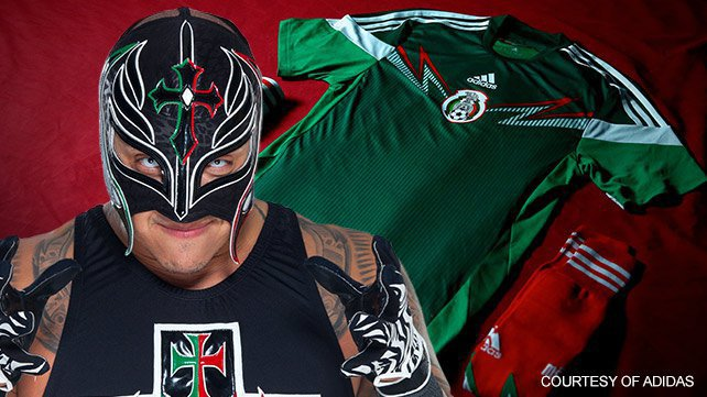 Rey Mysterio and Mexico's World Cup jersey