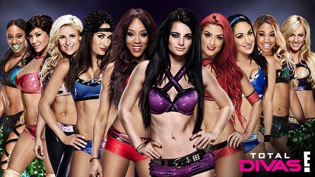 "BREAKING: Paige & Alicia Fox се присъединяват в ""Total Divas"""