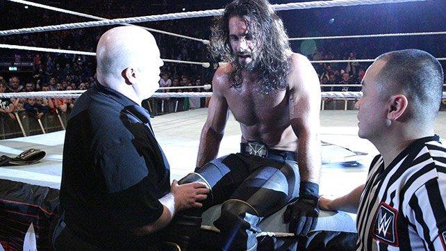 WWE World Heavyweight Champion Seth Rollins rasgou seu ACL, MCL e menisco medial